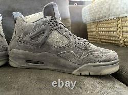 Air Jordan 4 Retro Kaws Sample DS Size 7