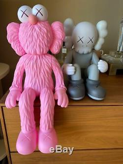 BRAND NEW Kaws BFF Seeing / Watching PINK Limited Edition FAST SHIPPING