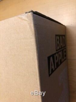 Goin Bad Apple Matte Black Edition Mighty Jaxx Edition of 30 graffiti kaws nike