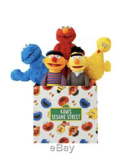 KAWS x Uniqlo Sesame Street Limited Set Collection BRAND NEW ALL 5 INCLUDED