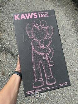 Kaws Take One Figue Black IN HAND