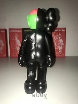 Medicom Toy KAWS, 16 Companion Open Edition Black Vinyl Figure 20cm NEW